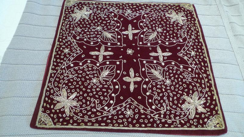 Deep red cushion cover, 100% silk, handmade in India - $50 (2 available)